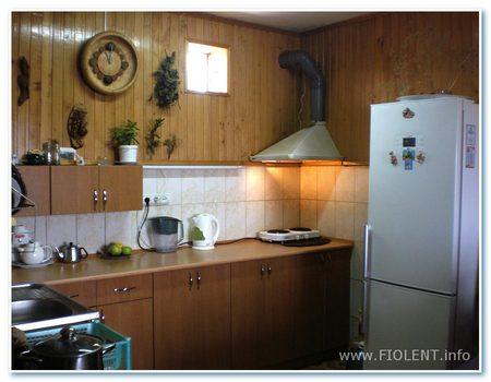 Дом Инны. Кухня-столовая на первом этаже