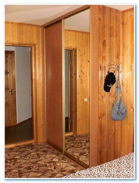 Инна. Шкаф в комнате-люкс