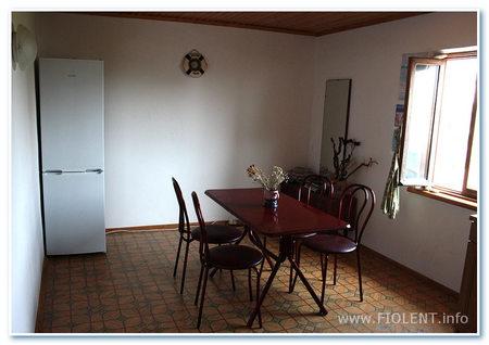 Дом Инны. Кухня-столовая на третьем этаже